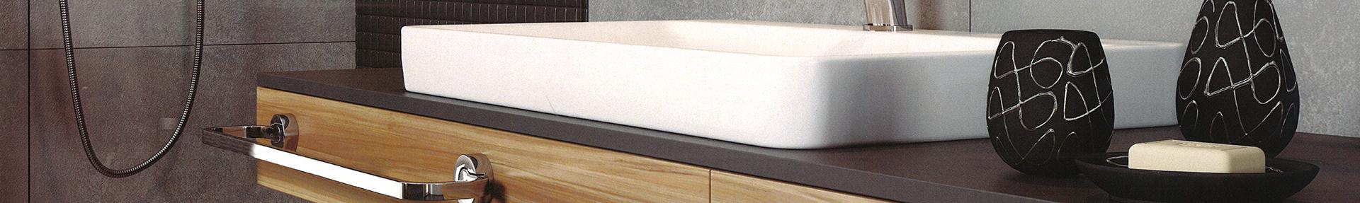 Аксесоари и шкафове за баня