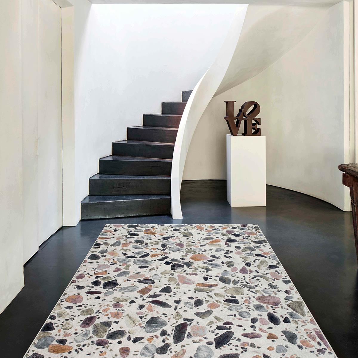 Килим Argentum цветни камъчета крем