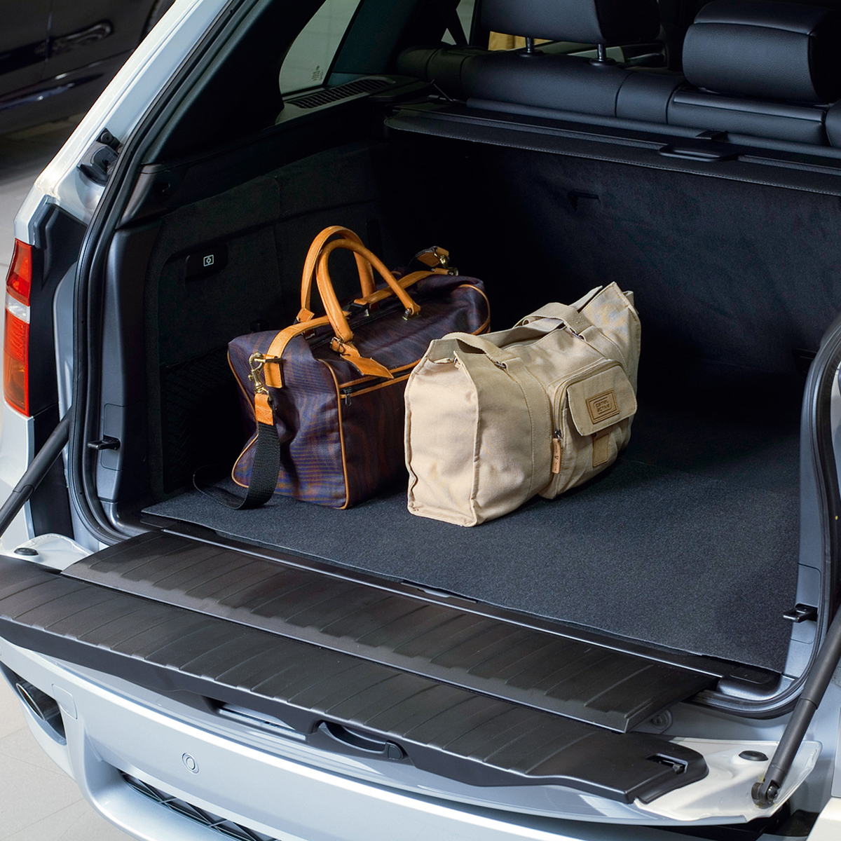 постелка за багажник Exclusiv
